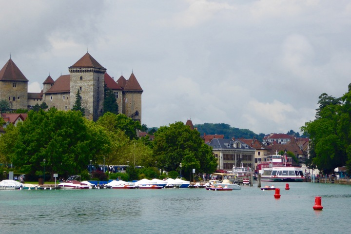 annecy lac vieille ville