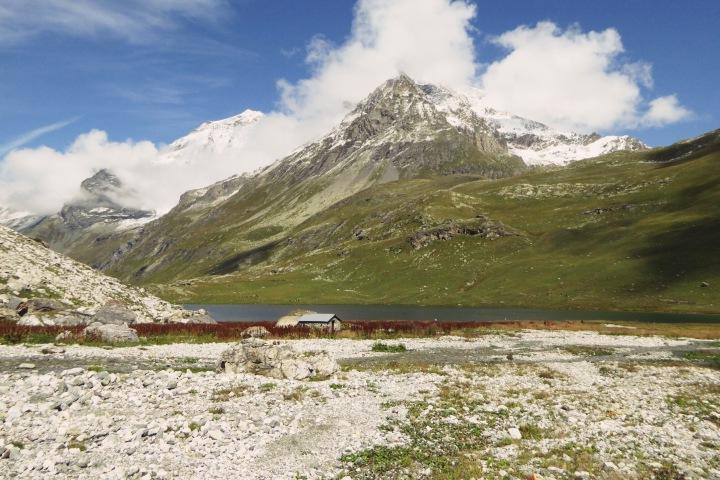refuge entre le lac